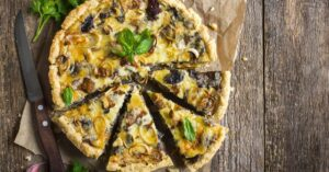 Sliced Leek Pizza with Mushrooms and Cheese