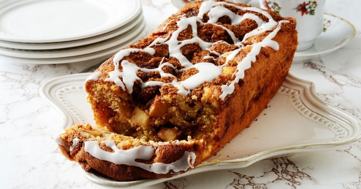 Apple Fritter Loaf Cake with Vanilla Icing