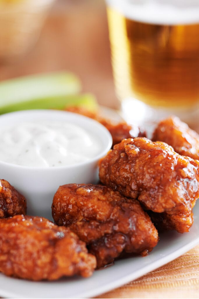 Buffalo Chicken Wings with Sauce