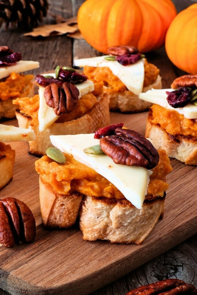 Crostini with Pumpkin Spread, Nuts and Cheese