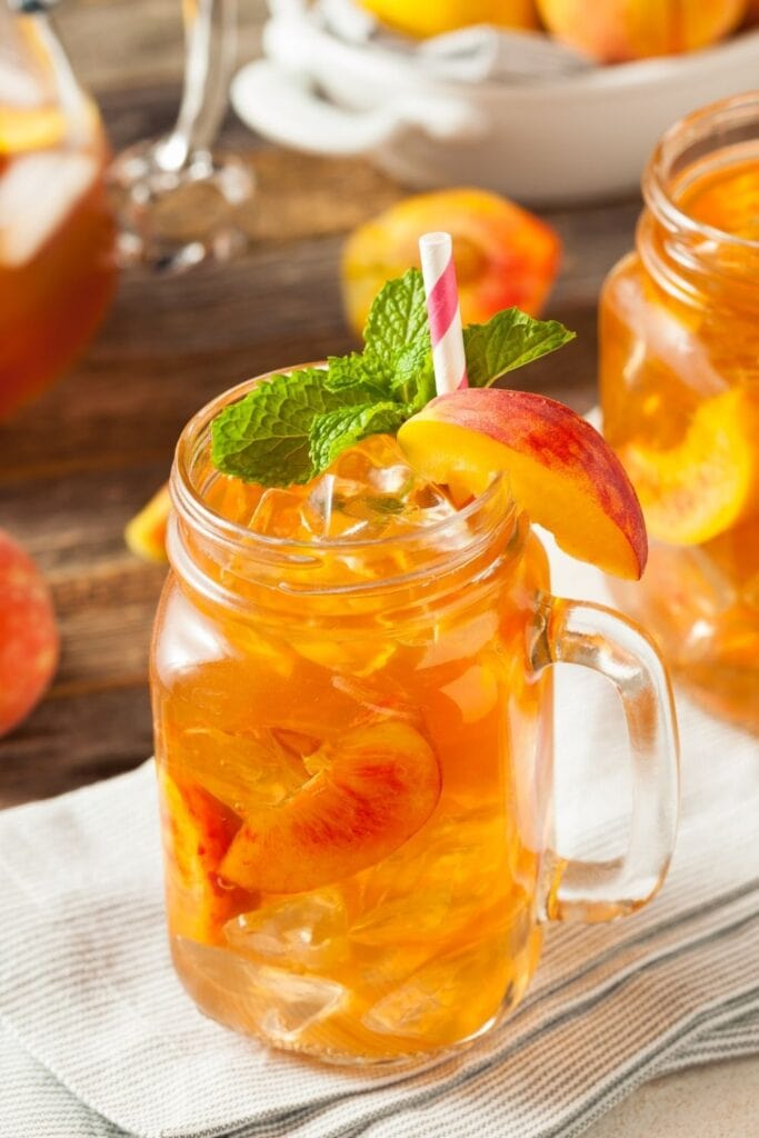 Fresh Sweet Peach Tea with Mint