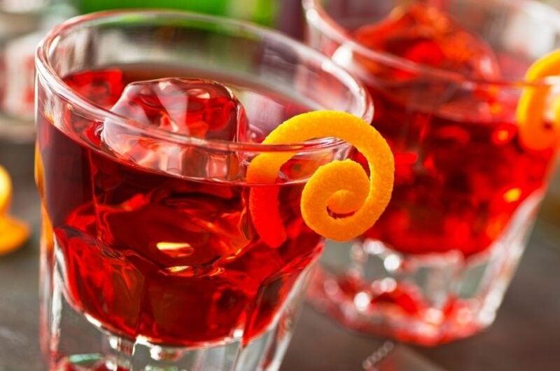 17 Best Red Cocktails