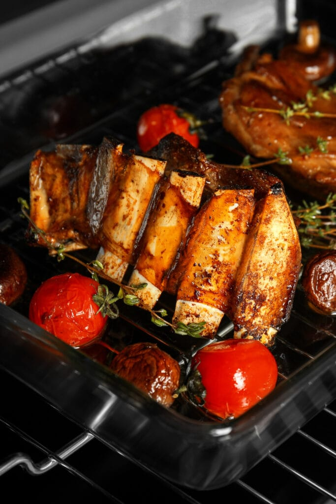 Roasted Ribs with Tomatoes and Herbs
