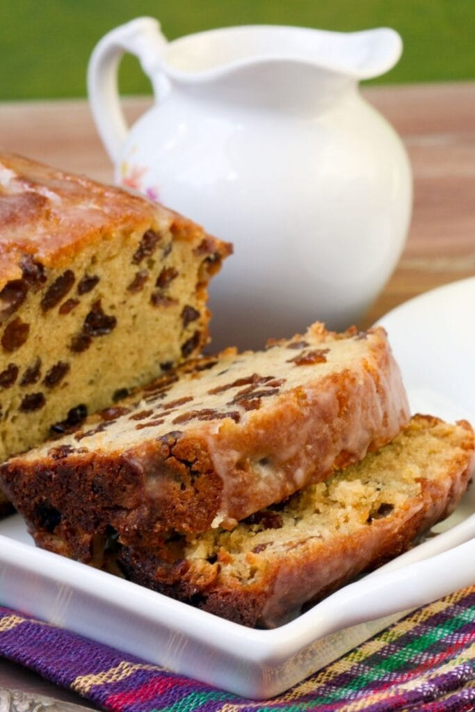 Spiced Loaf Cake with Raisins