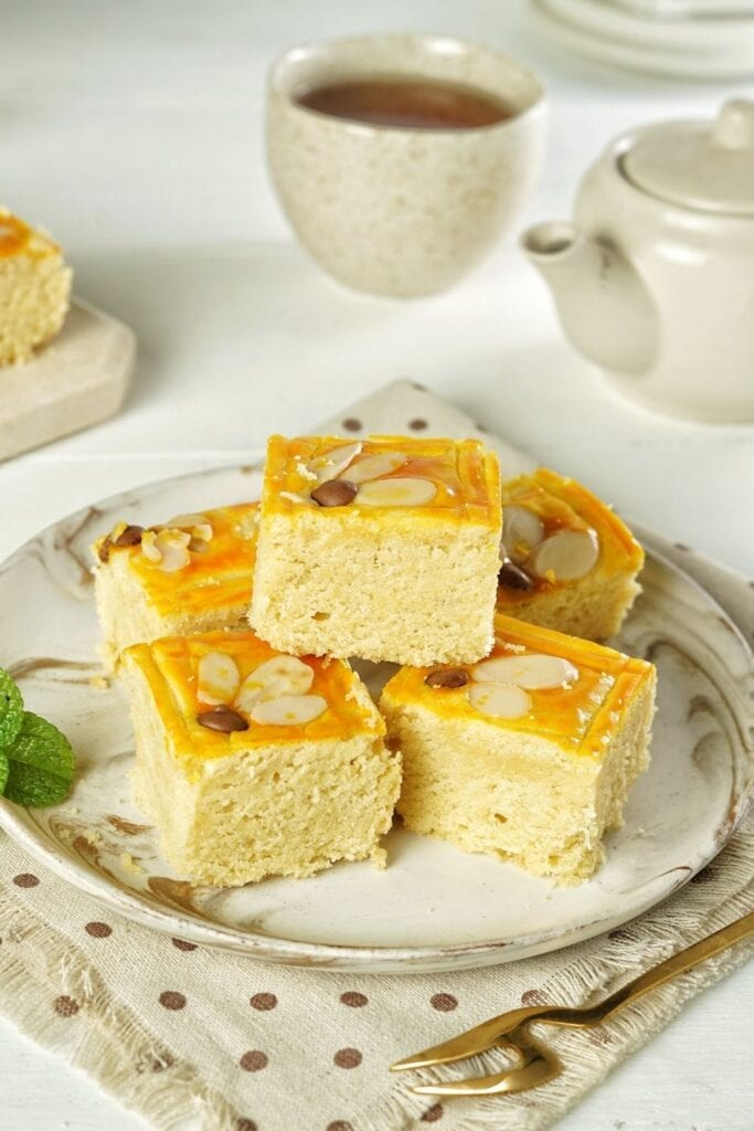 Sweet Butter Cake with Almonds and Coffee