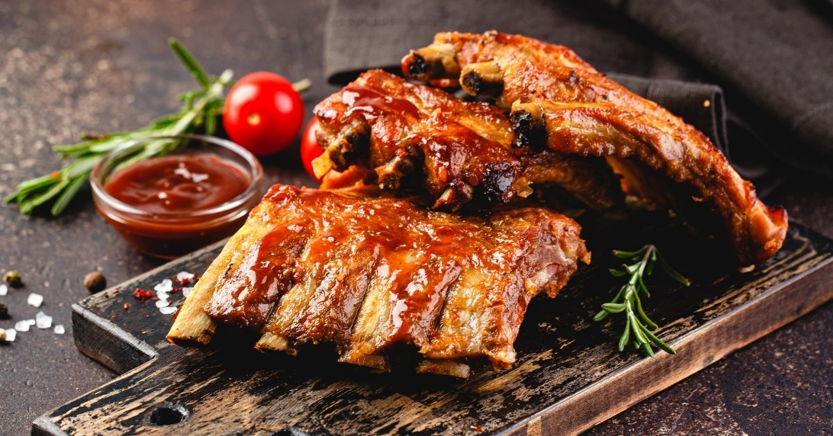 Sweet and Savory Grilled Pork Ribs with Sauce