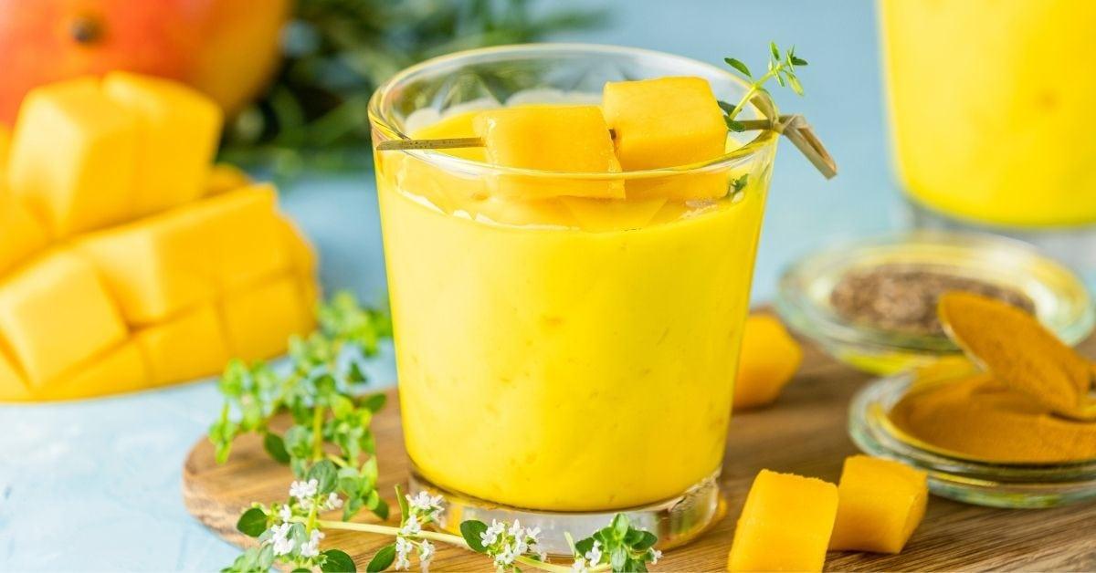 Indian Mango Lassi With Fresh Mangoes