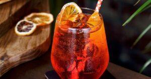 Refreshing Aperol Spritz Cocktail