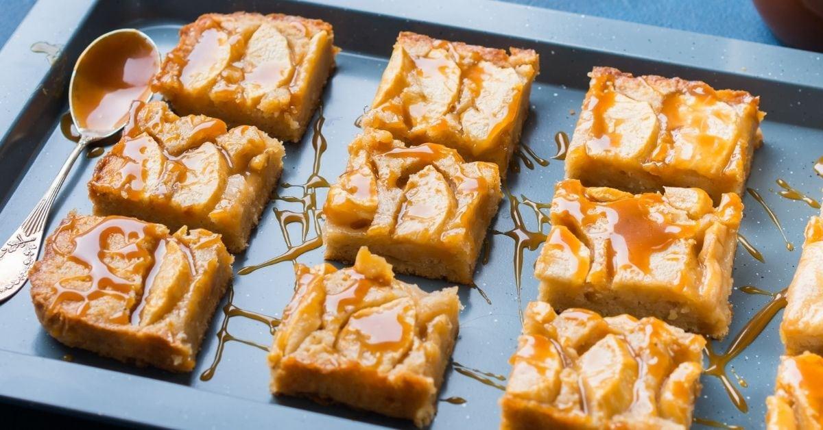 Rich and Sweet Cinnamon Apple Bars
