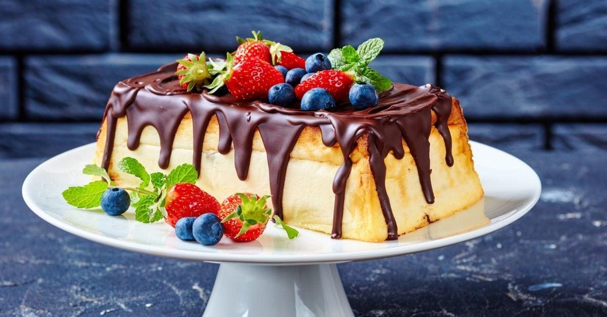 Sweet Homemade Cottage Cheesecake with Dark Chocolate and Berries